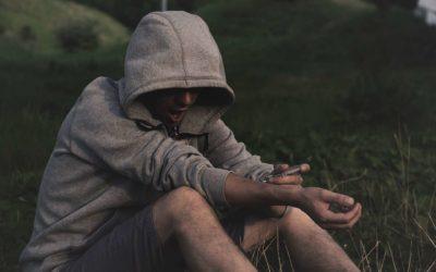 Ny rapport viser veje til at få unge ud af stofmisbrug