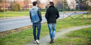 Reglerne giver mulighed for at gå en tur med sin behandler